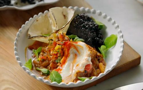 Jamie Oliver vegetablee chilli with sweet potatoes, black rice, salsa and a chilli yoghurt on Ja ...