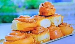 Juliet Sear's cinnamon rolls on Beautiful Baking with Juliet Sear
