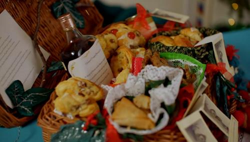 Ruth's teddy bear picnic festive hamper on Kirstie's Handmade Christmas