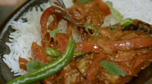 Henry and Ian's curry house jalfrezi for Sadie Frost on Living on the Veg