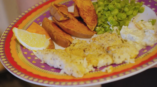 Sandie and Maxine's fish fingers with sweet potato wedges and homemade mushy peas on Lose  ...