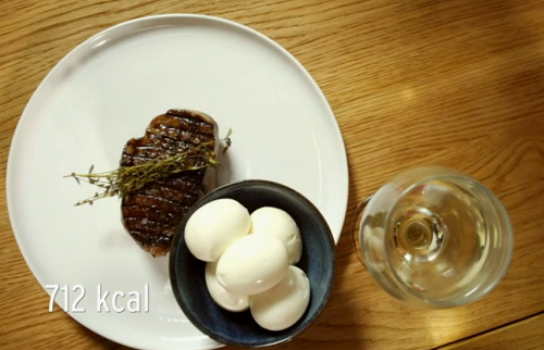 Stacie Stewart's steak, eggs and wine for Thomas' wine and eggs diet on How To Loose Weigh ...
