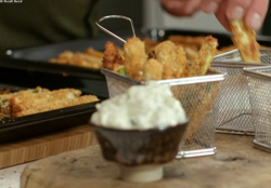 Priya Tew's cheesy vegetable dippers with low fat garlic mayo on Eat Well for Less?
