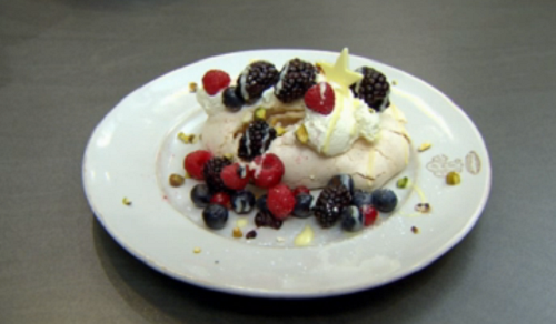 Anthea Turner's meringue with berries on Celebrity Come Dine With Me 2020