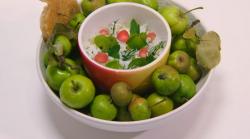 Sally Abé crab apple starter on the Great British Menu