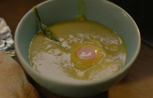 Nigella Lawson's golden egg curry with flatbread on Saturday Kitchen