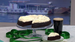 Clodagh's St Patrick's Day Guinness Cake on This Morning