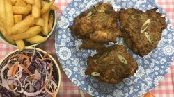 Phil Vickery's KFC inspired fried chicken with sweet corn on This Morning