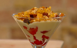 Frederick Forster's elderflower and strawberry fool with digestive biscuits and cornflakes ...