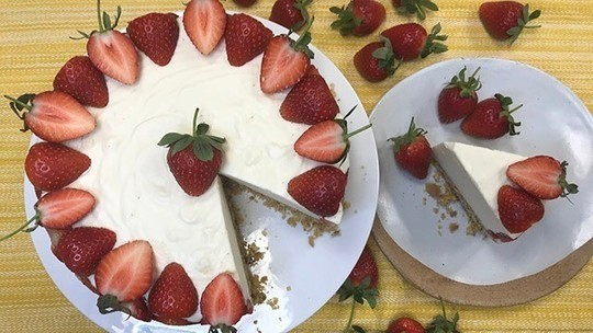 Phil Vickery's strawberry cheesecake with cream cheese,  maple syrup and  cream of tartar  ...