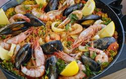 Ainsley Harriott Spanish seafood paella with parsley and lemon on Ainsley's Mediterranean Cookbook