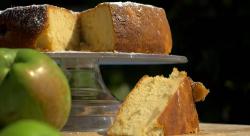 John Torode's Dorset apple cake on John and Lisa's Weekend Kitchen