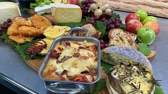 James Martin's cheeseboard with gooseberry chutney on This Morning