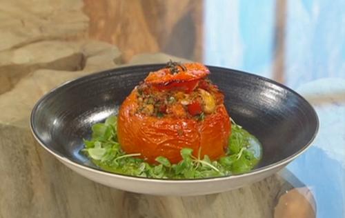 Matt Tebbutt Stuffed tomatoes with tuna and Bulgar wheat on Saturday Kitchen