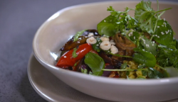 Nick Nairn and Dougie Vipond' s Buddha bowl with cauliflower rice and onion bhajis on The Great  ...