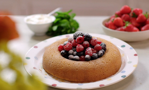 Lisa Faulkner's coconut polenta cake with honey syrup and berries on John and Lisa's Weeke ...