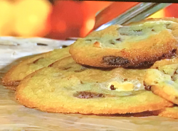 James Martin's cornflakes and marshmallow cookies on James Martin United Cakes of America