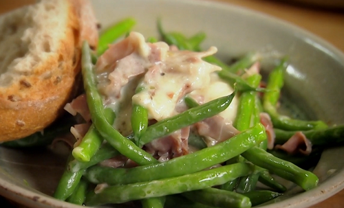 Nigel Slater's green beans with ham, cheese and crusty bread on Saturday kitchen