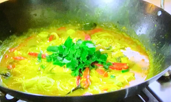 Gok's seafood laksa with vermicelli noodles on Gok Wan's Easy Asian