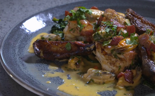 Nick Nairn and Dougie Vipond roast monkfish with mussels and bacon on The Great Food Guys