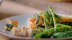 Jamie Oliver salmon en croute with frozen spinach, pesto, beans and all butter puff pastry on Ja ...