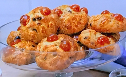 Maimie Mccoy's 'fat rascals' scones on This Morning
