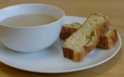 Holly's leek and potato soup with cheese and onion bread on Eat Well for Less?