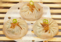 Andrew Wong's shanghai dumplings with vinegar, ginger and tapioca on Masterchef The Profes ...