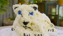 James McAvoy pina colada snow leopard cake on The Great Celebrity Bake Off for SU2C